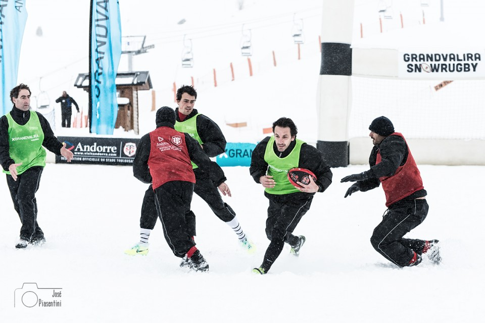 2014.02.01 Snow Rugby 0224 19.57.50