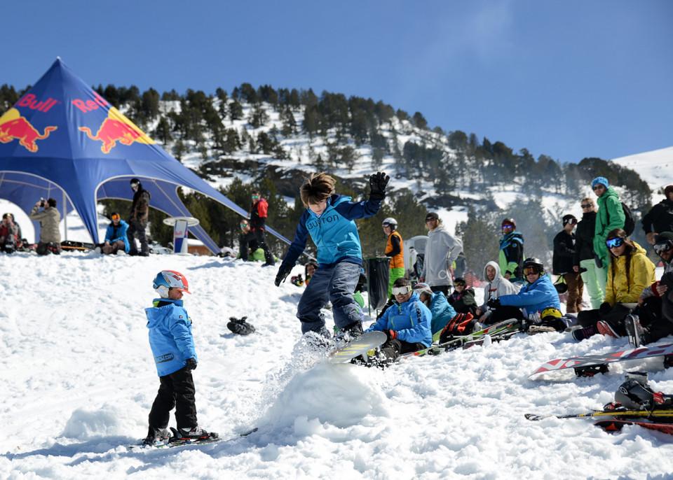 Las nuevas generaciones-Total-Fight-snowboard