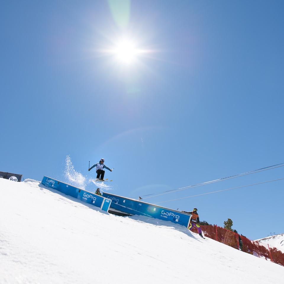 otal-Fight-esqui