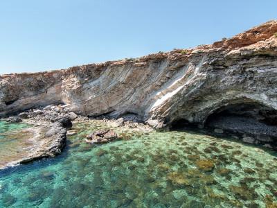 Recorriendo los alrededores de los templos de Hagar Qim y de Mnajdra en Malta