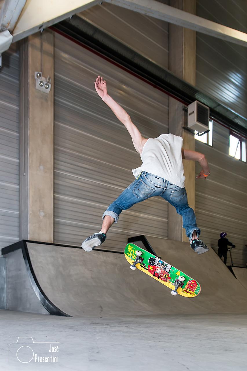 skate-con-flash-relleno