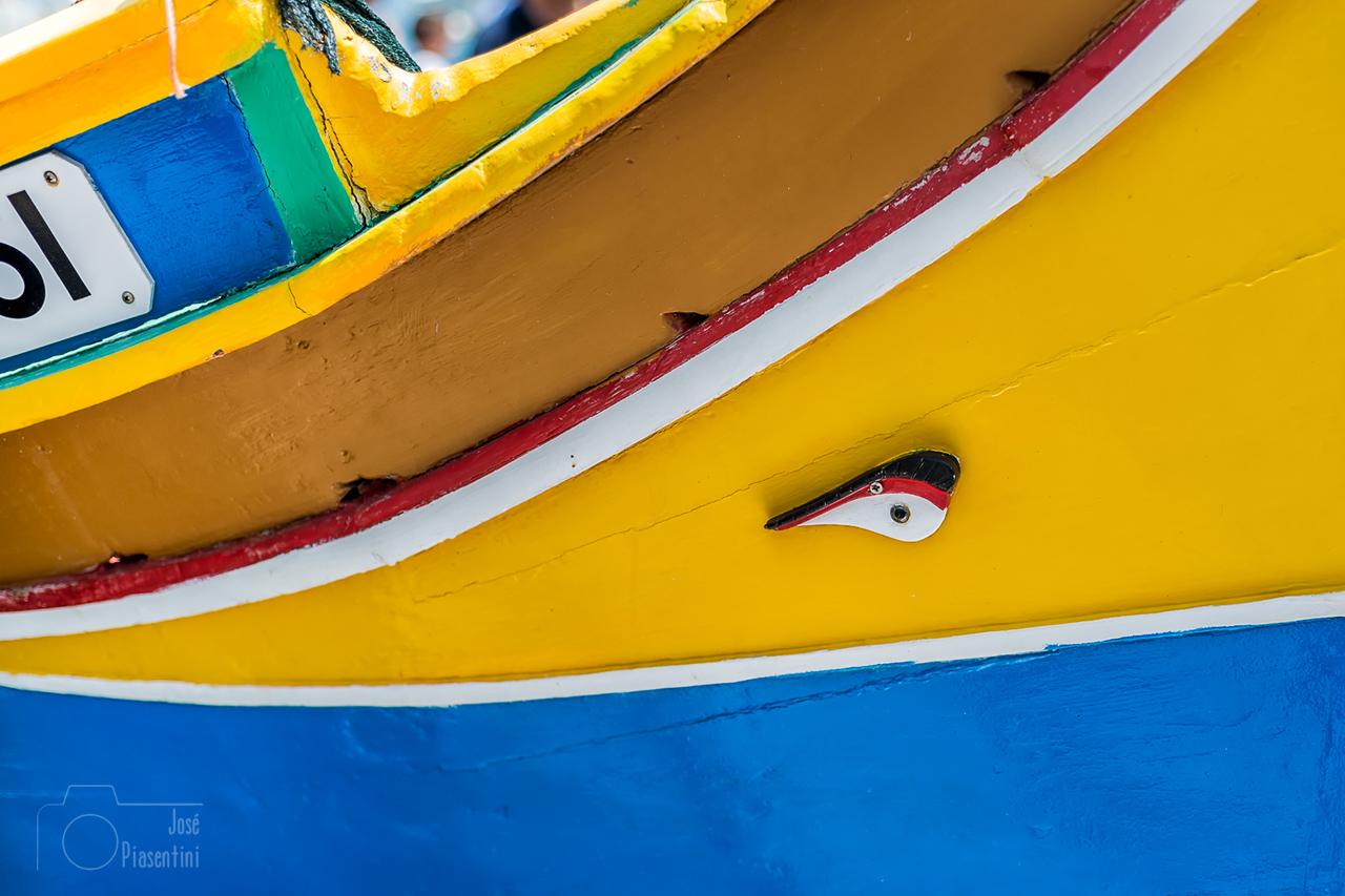Descubre el mercado en el pueblo pesquero de Marsaxlokk, Malta