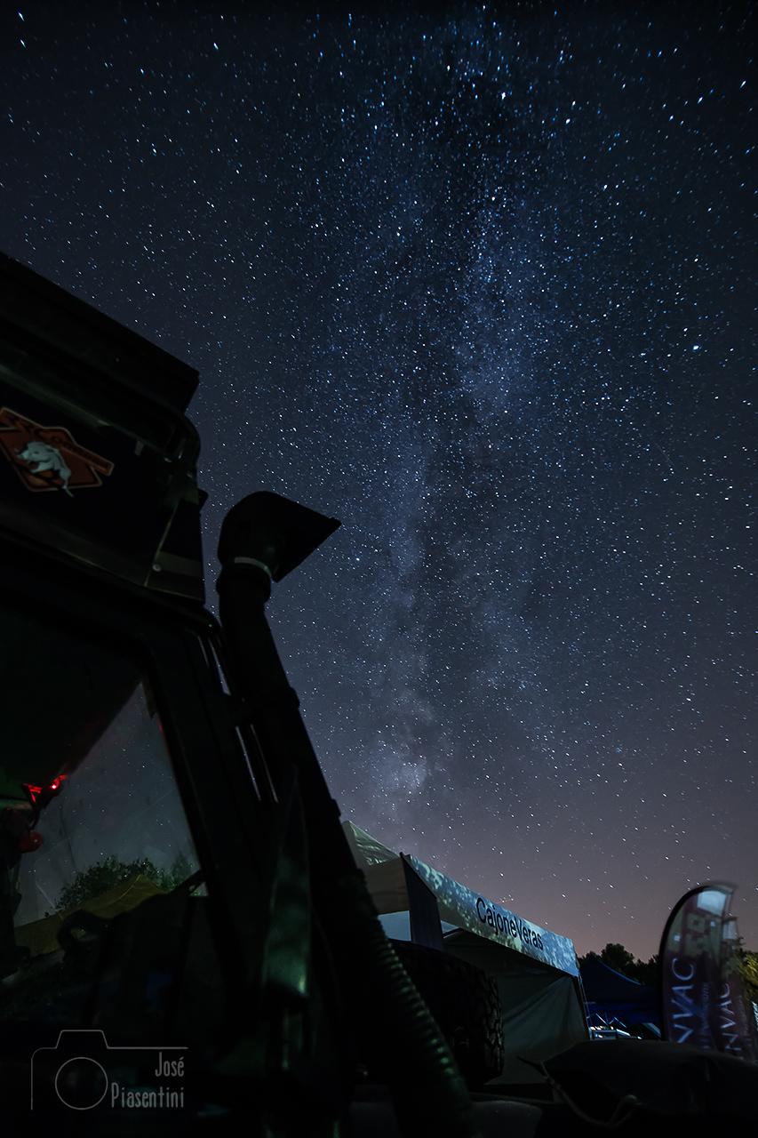 Meeting Camper Offroad bajo las estrellas