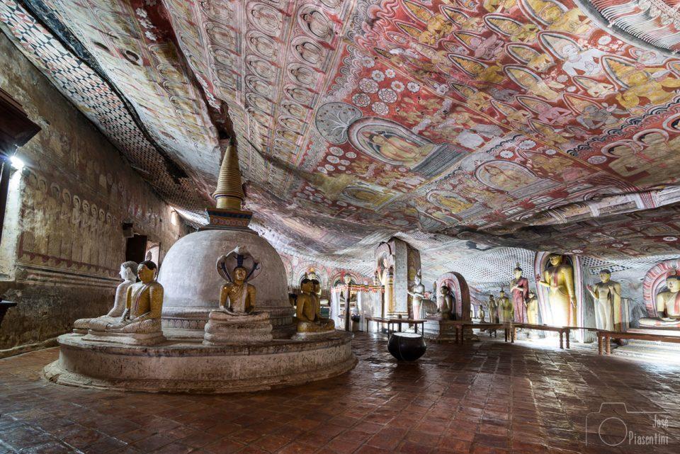 Cuevas de Dambulla - Cueva Devaraja Viharaya