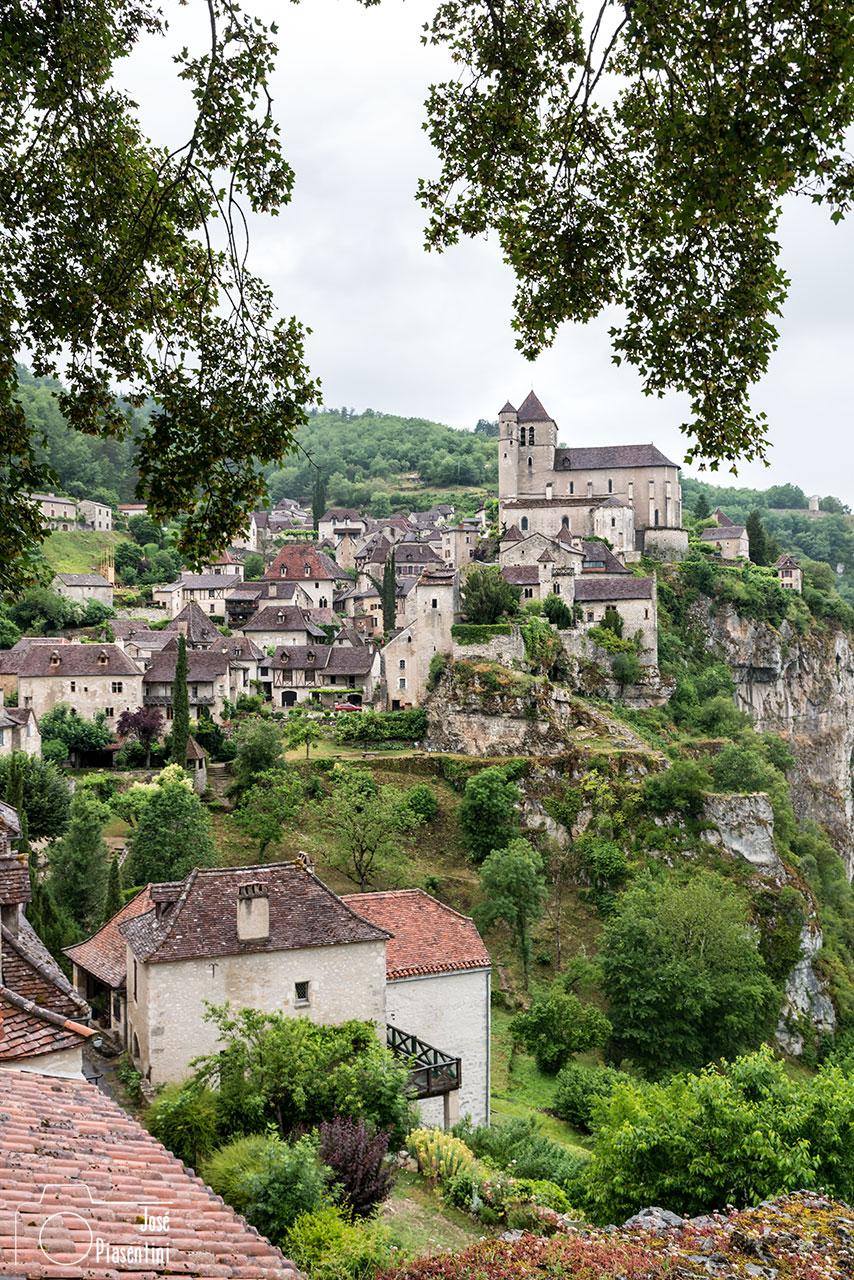 Midi-Pyrénées-France-saint-cirq-lapopie