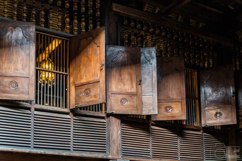 Windows-Buda-Temple