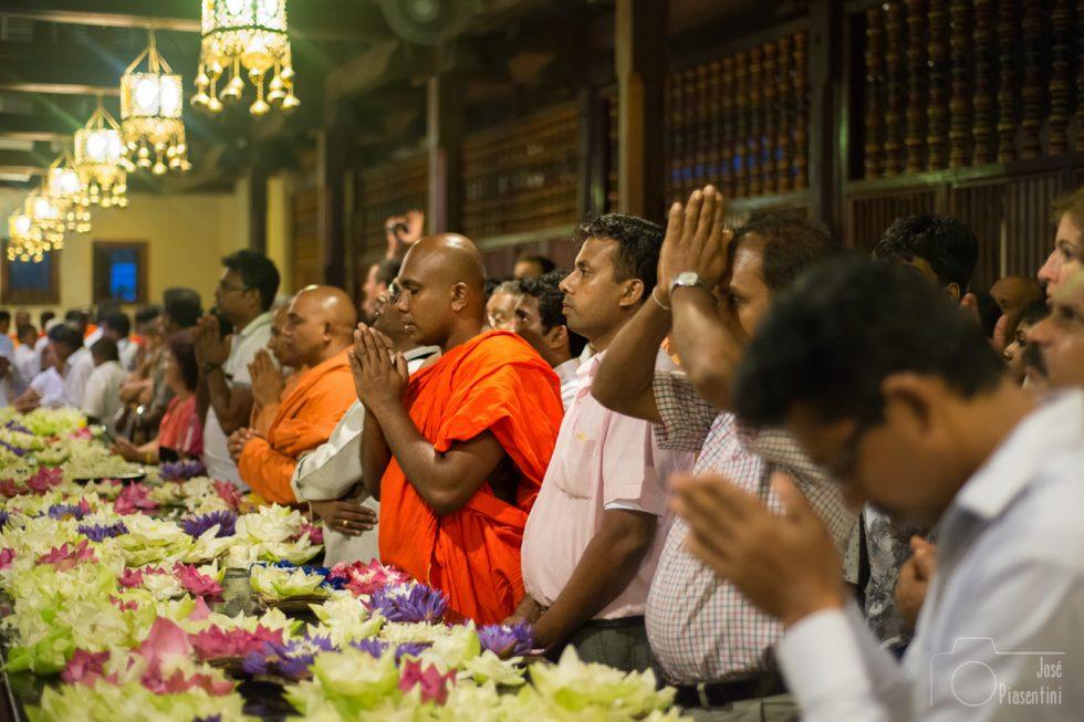 El Templo del Diente de Buda en Kandy, Sri Lanka