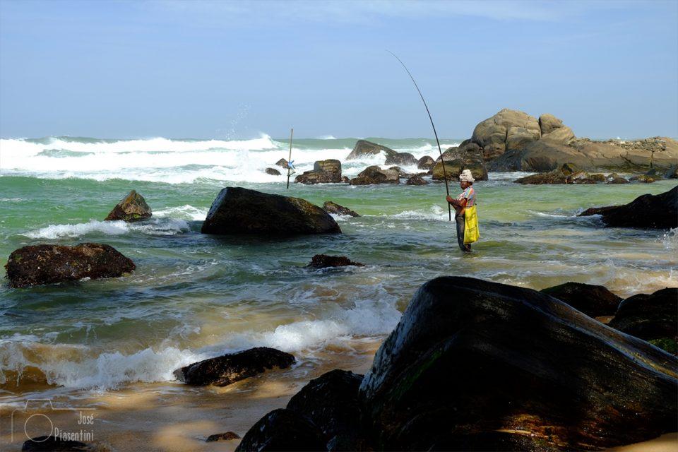 Fisherman-wijaya-beach - Que hacer en Sri Lanka