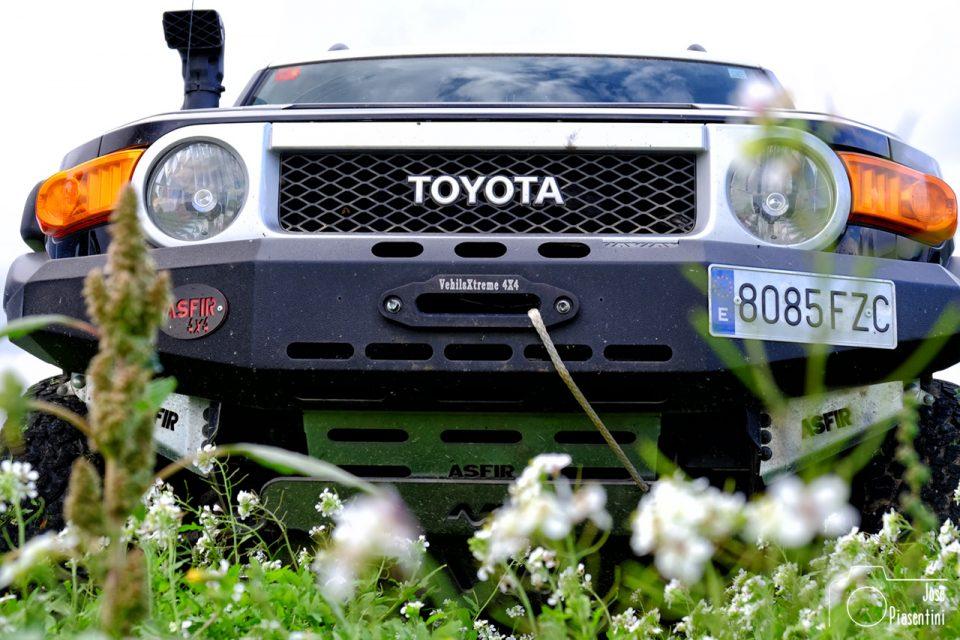 Toyota-fj-Cruiser
