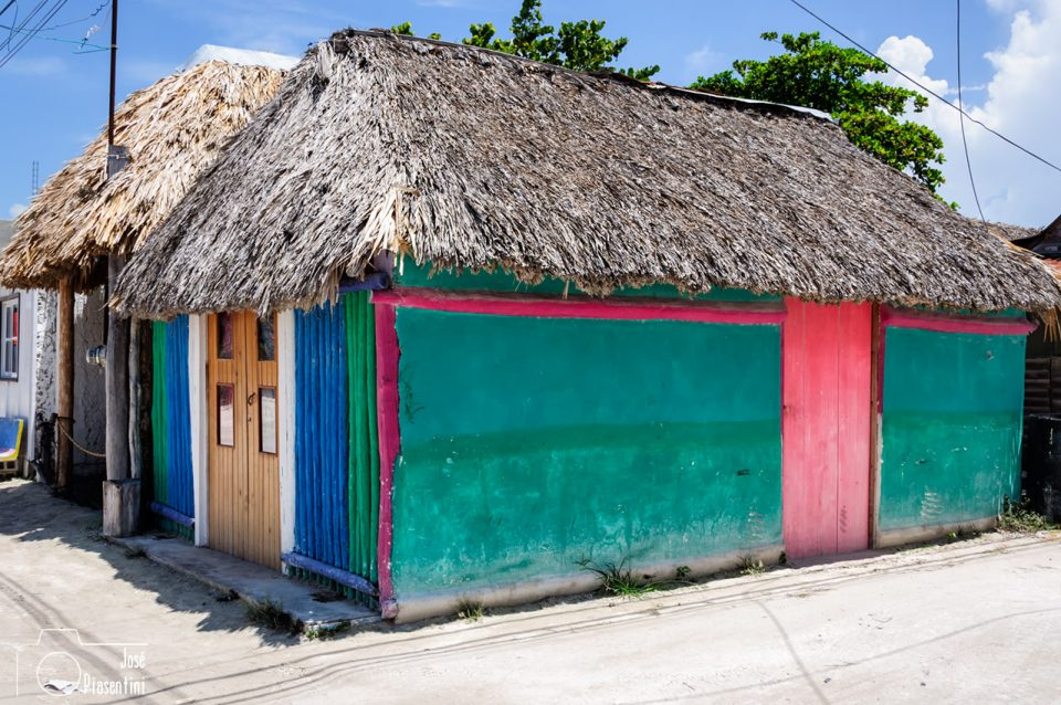 Colorful-houses-Holbox-Mexico