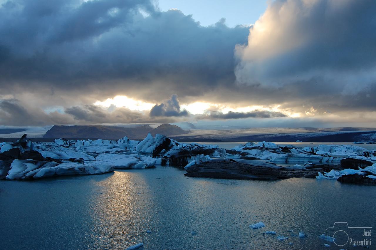 Iceland-Glacier-Jokulsarlon
