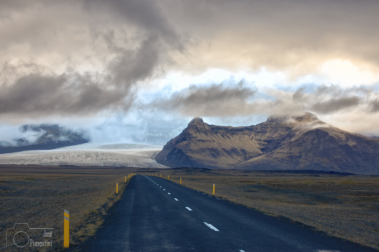Islandia-camino-a-Jokulsarlon-(4)