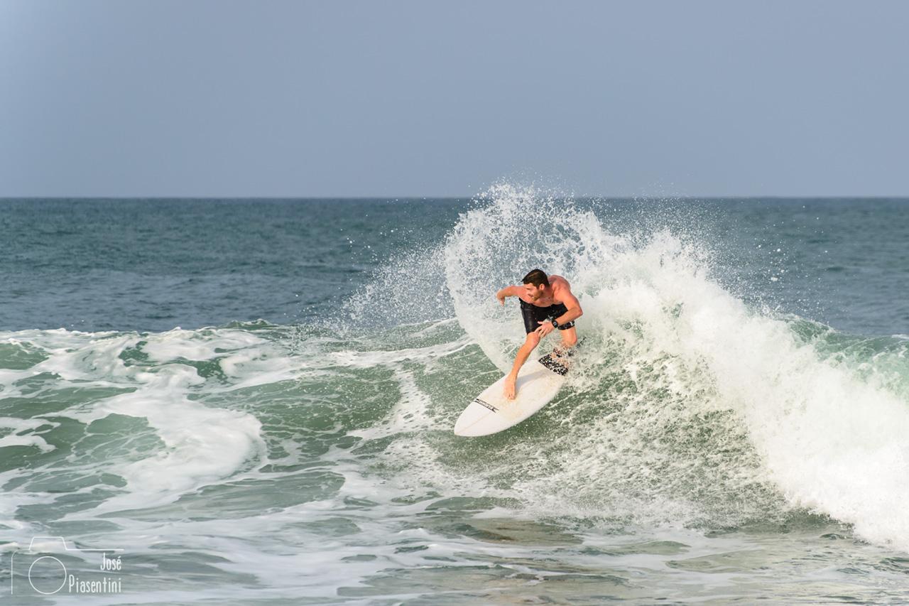 sri lanka surfing - Que hacer en Arugam Bay with kids