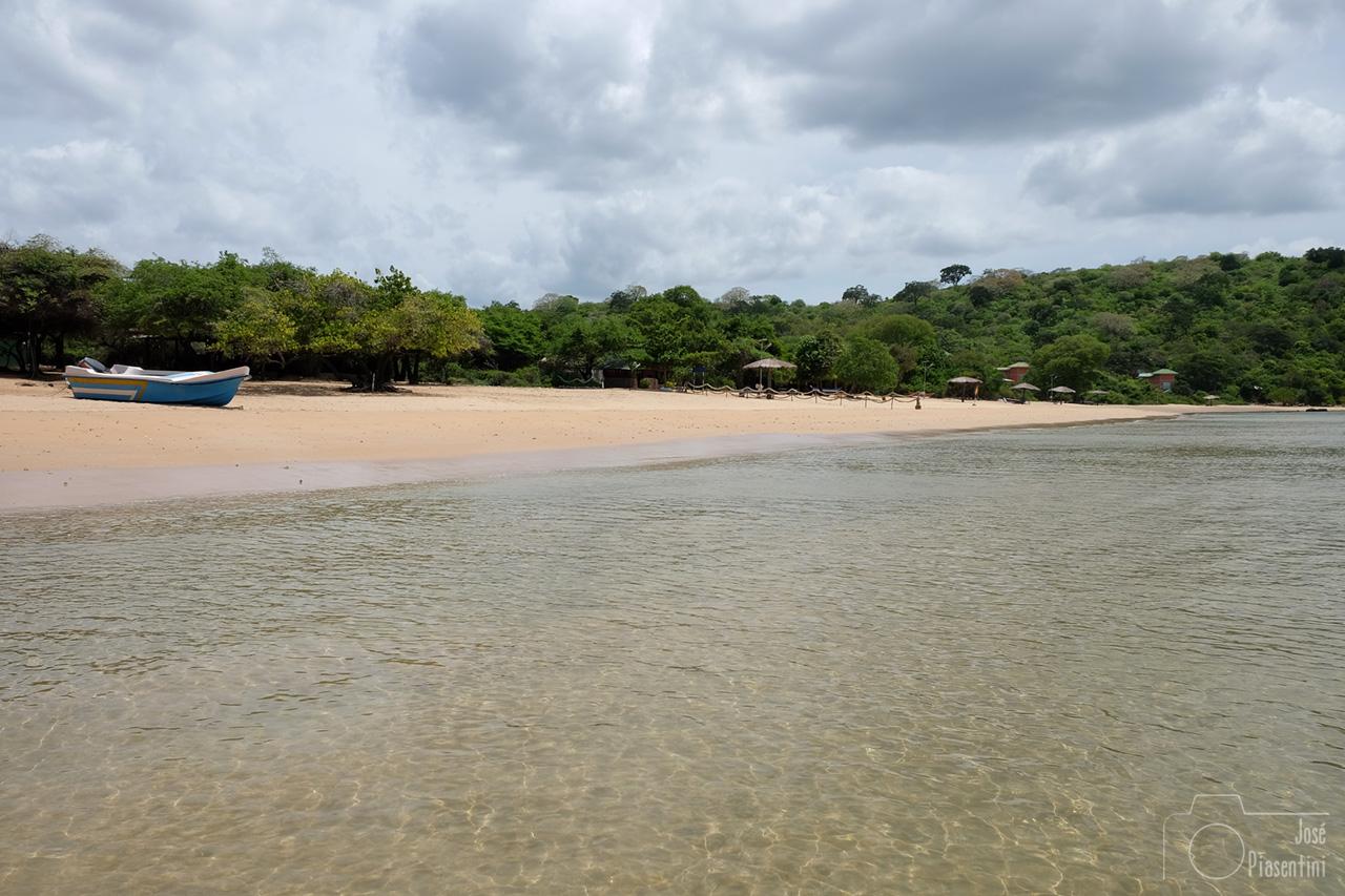 Trincomalee Marble beach view