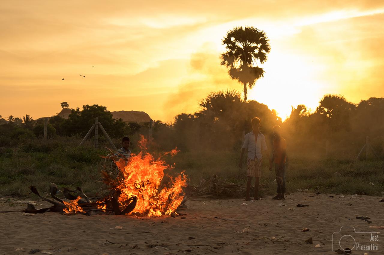 sunset at Uppuveli beach