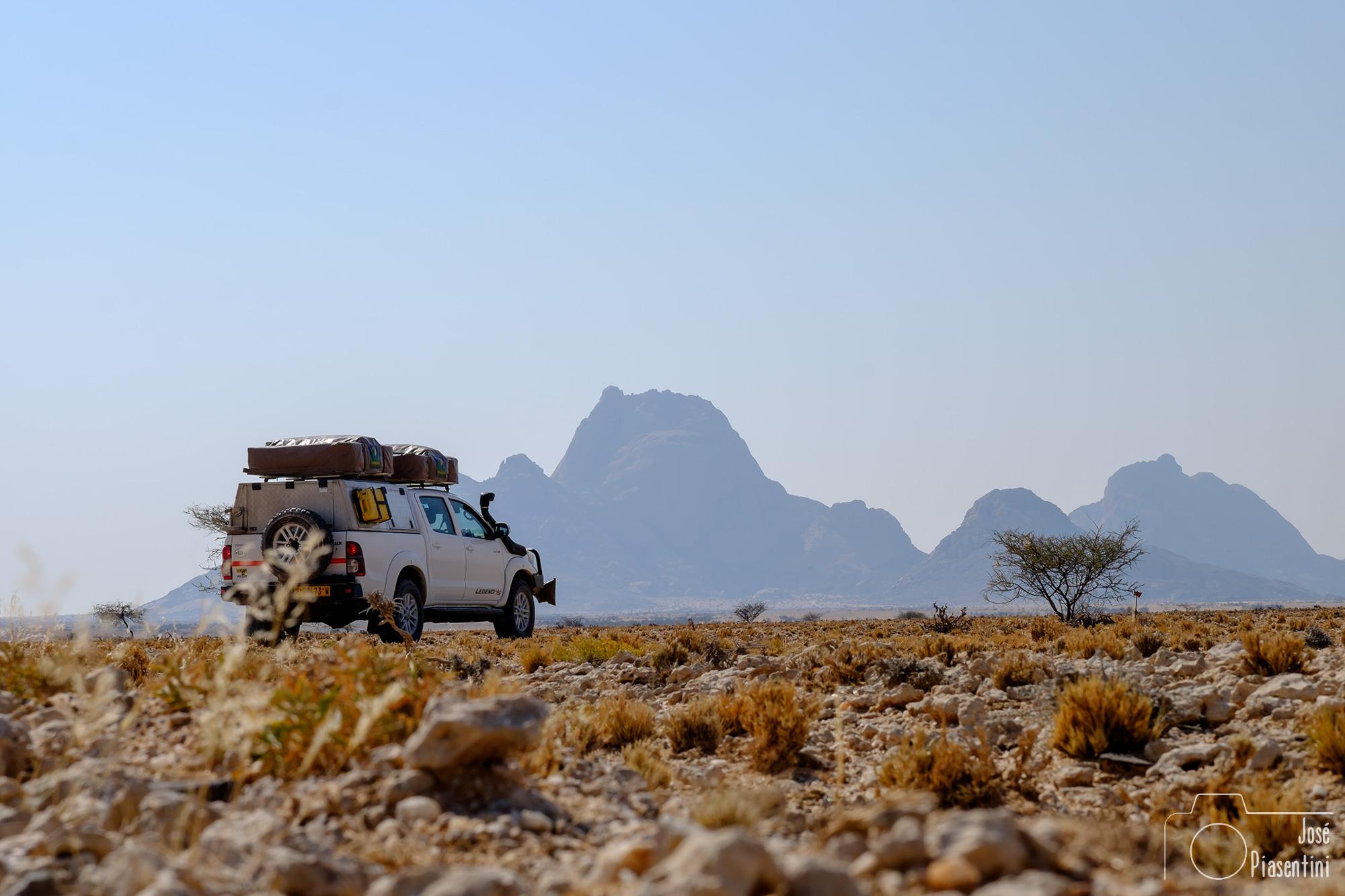 Spitzkoppe-Namibia-Toyota-asco-car-hire