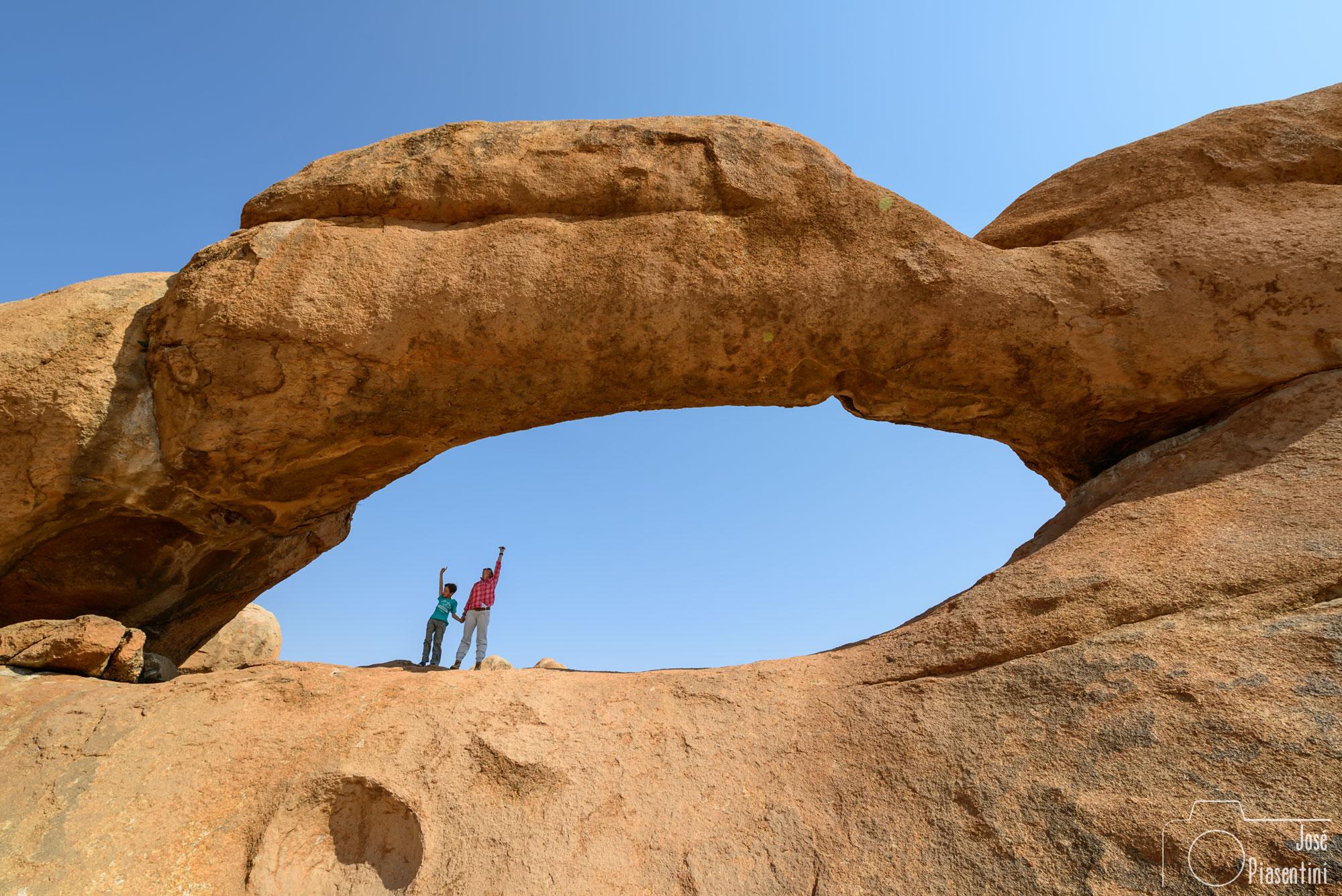 Spitzkoppe-Namibia-arche