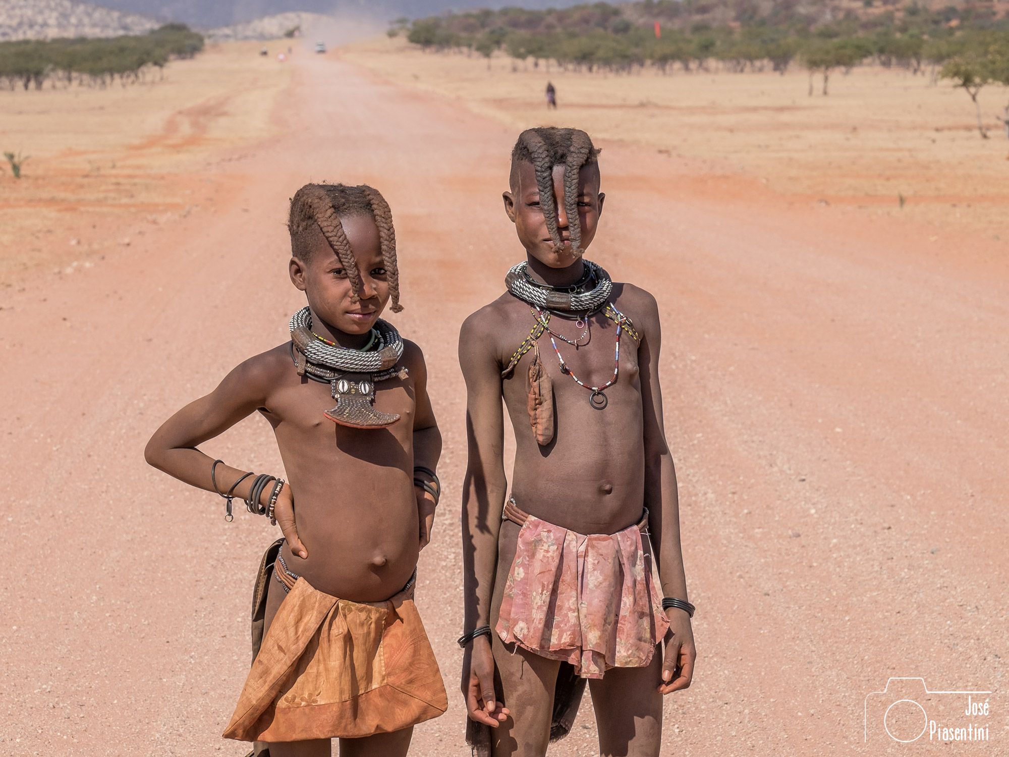Himba en Epupa way