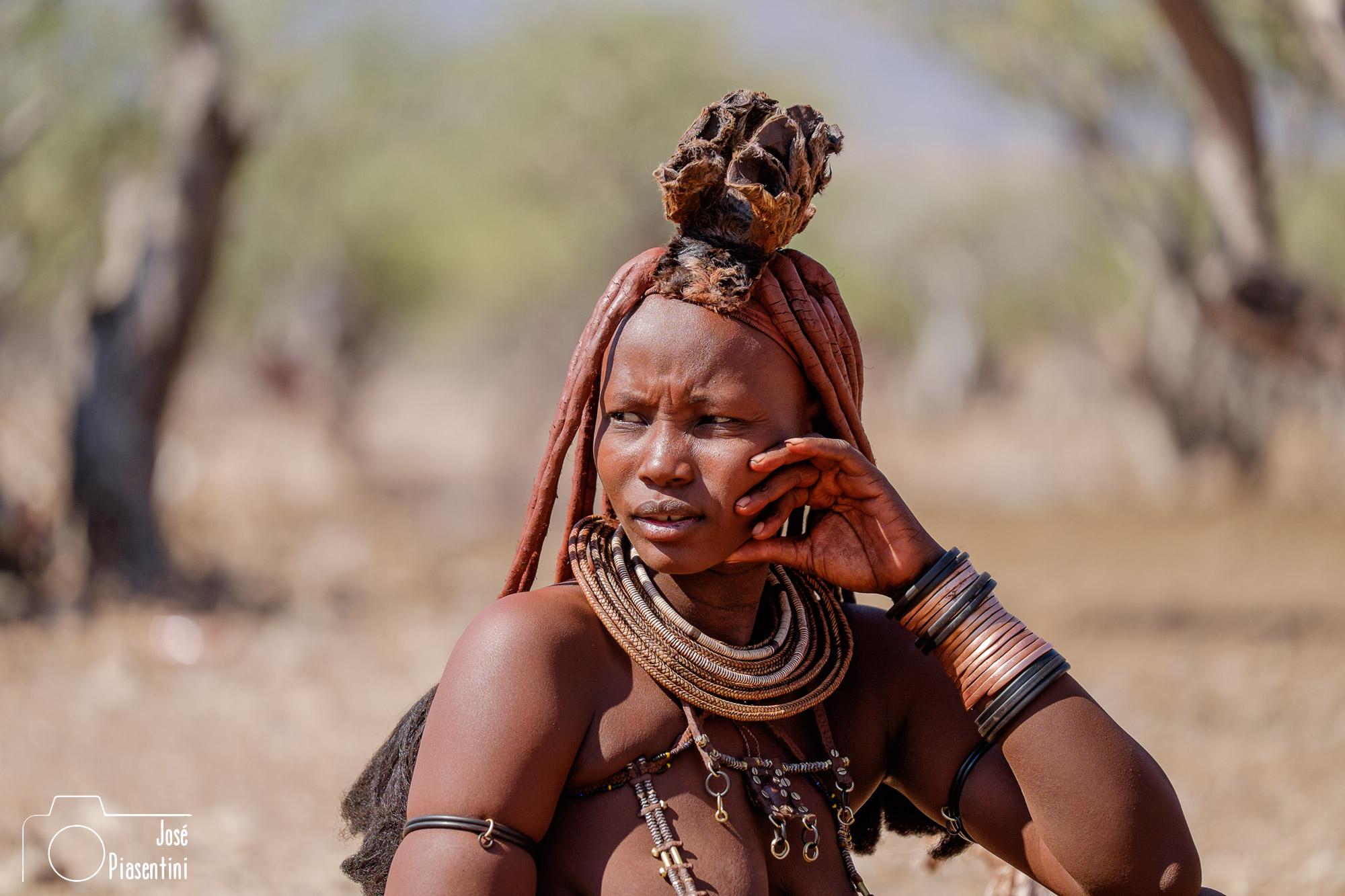 Himba at sesfontien