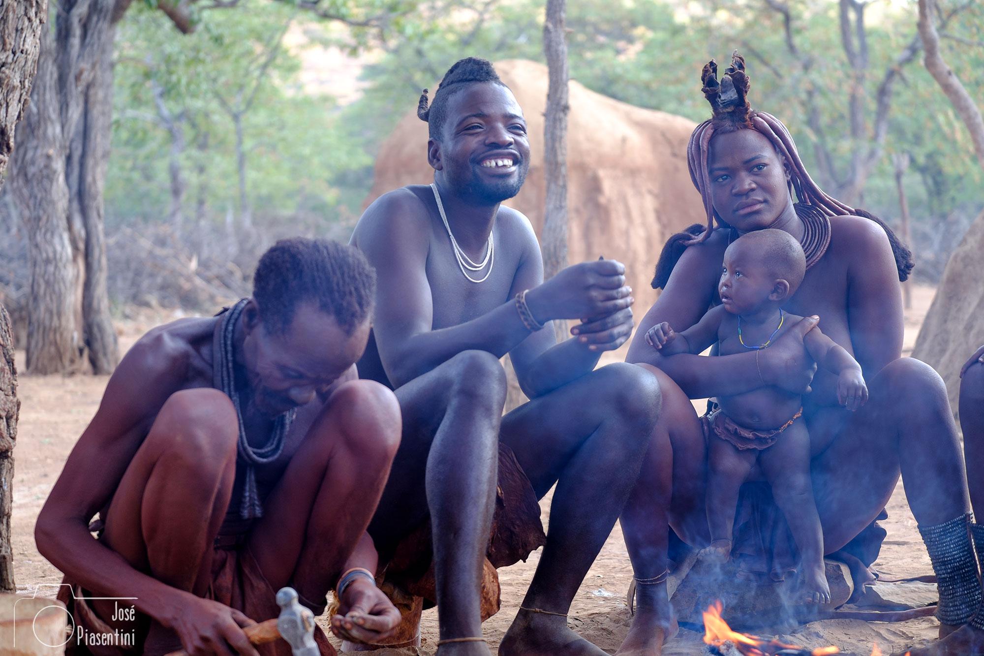 Reunion de familia Himba