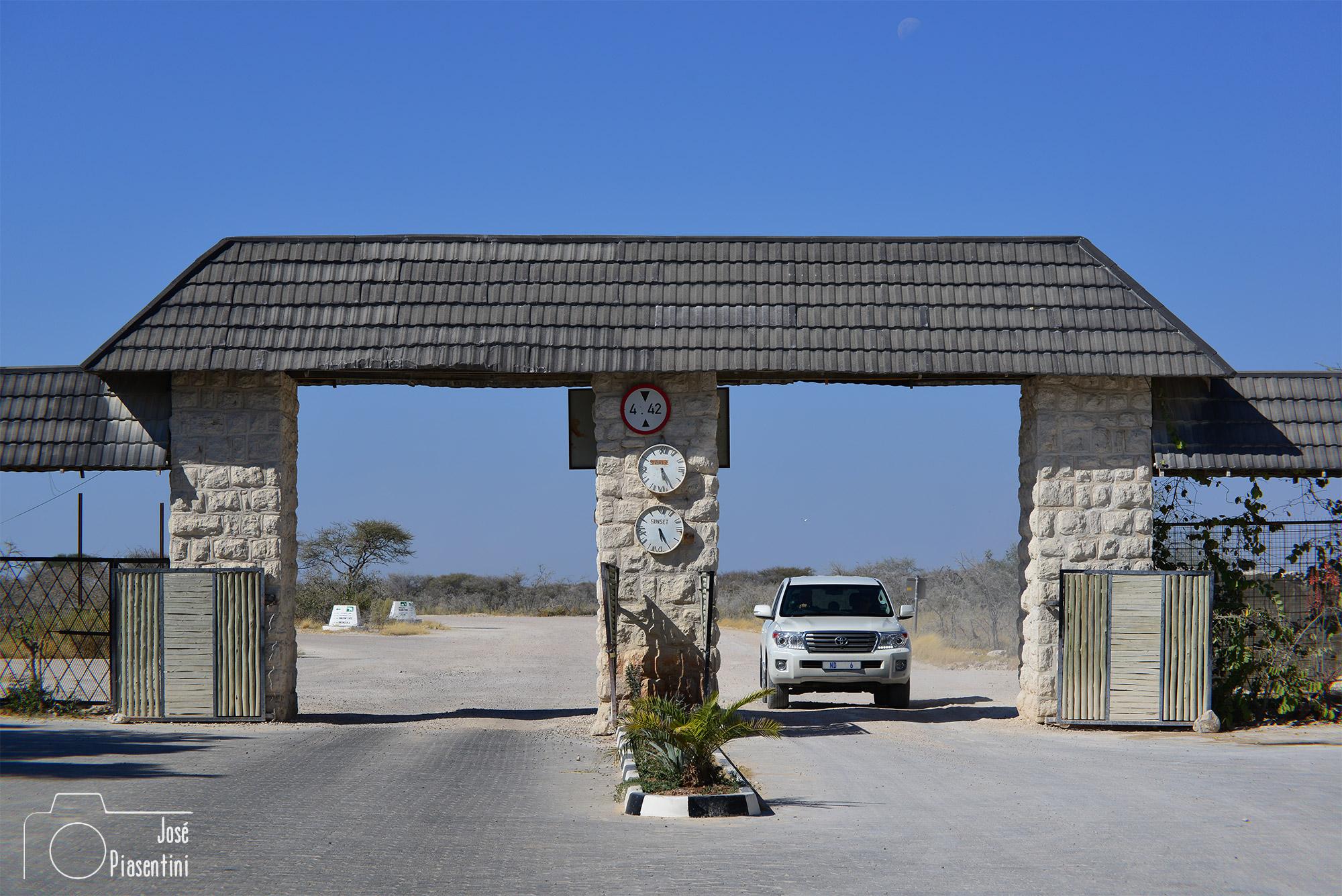 Namutoni Park entry