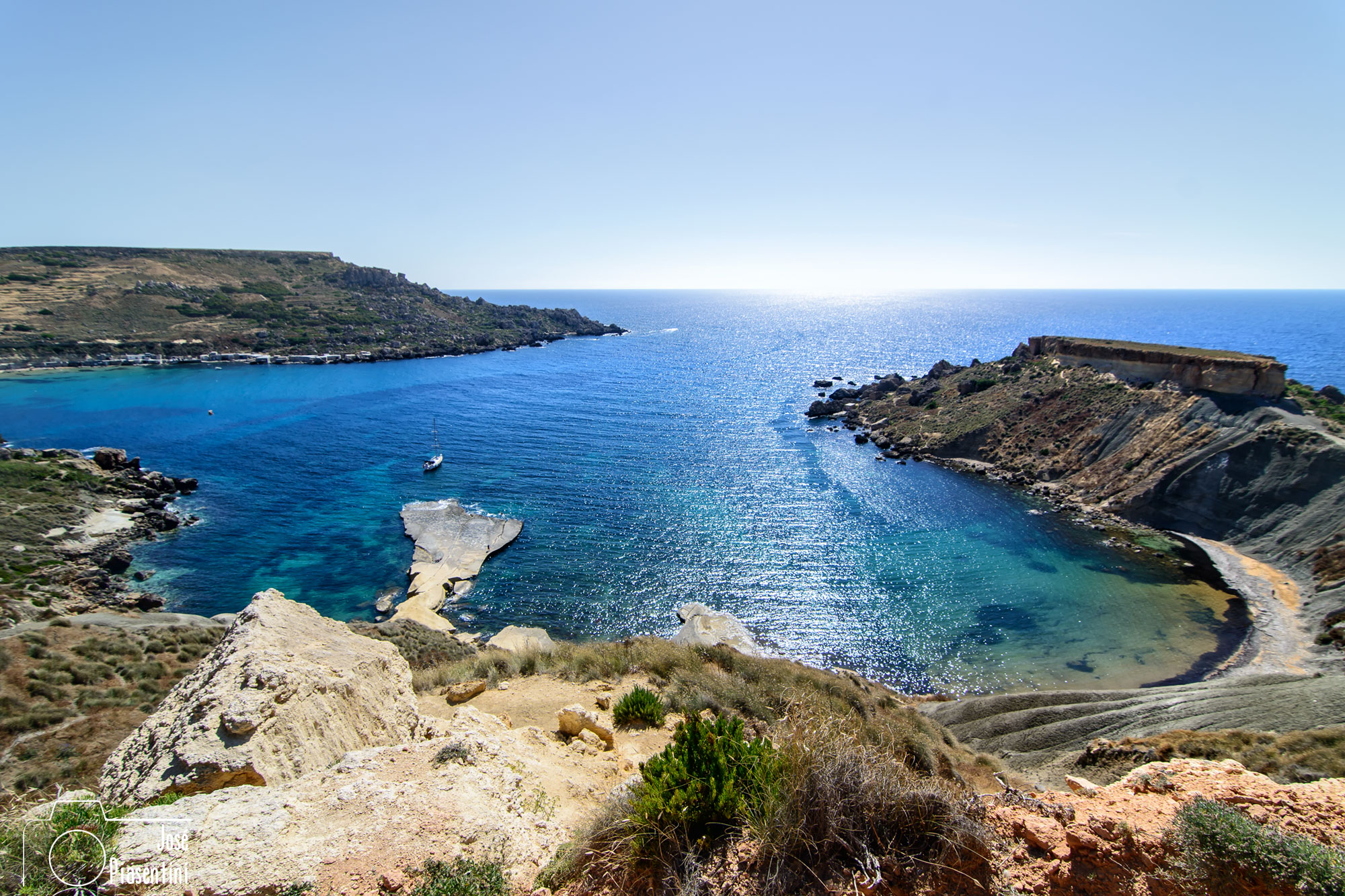 Golden Bay y Ghajn Tuffieha Bay, Malta