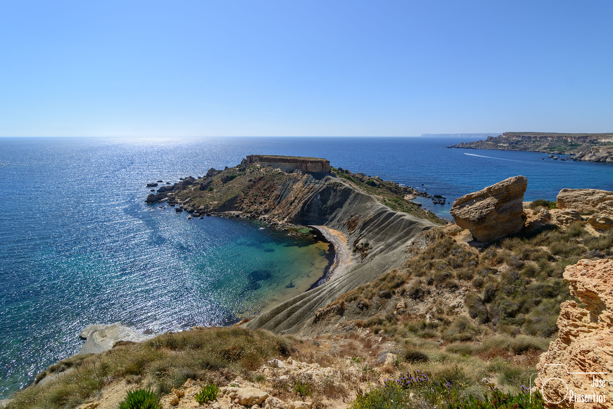 Malta Ghajn Tuffieha Bay