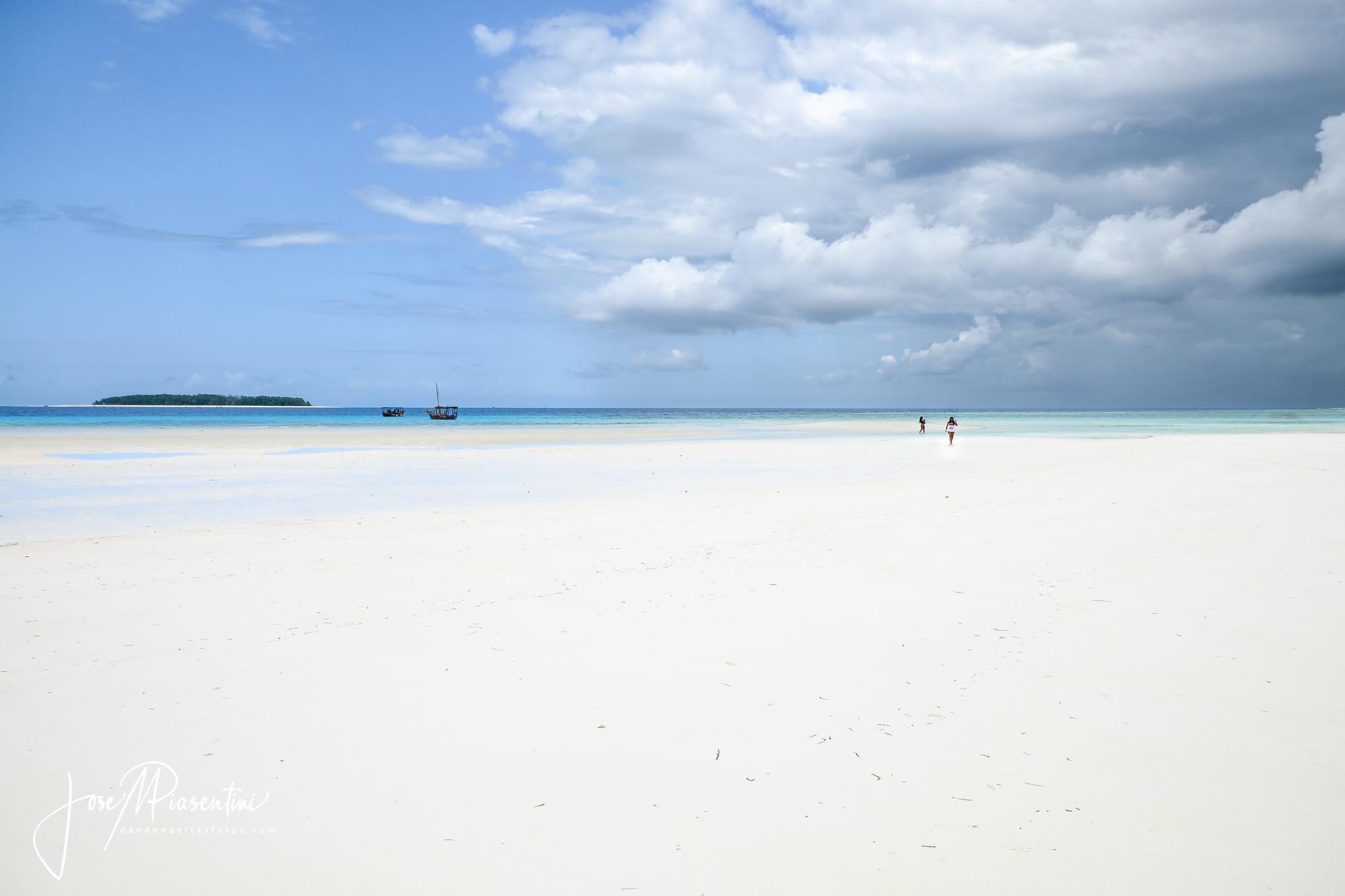 muyuni beach zanzibar