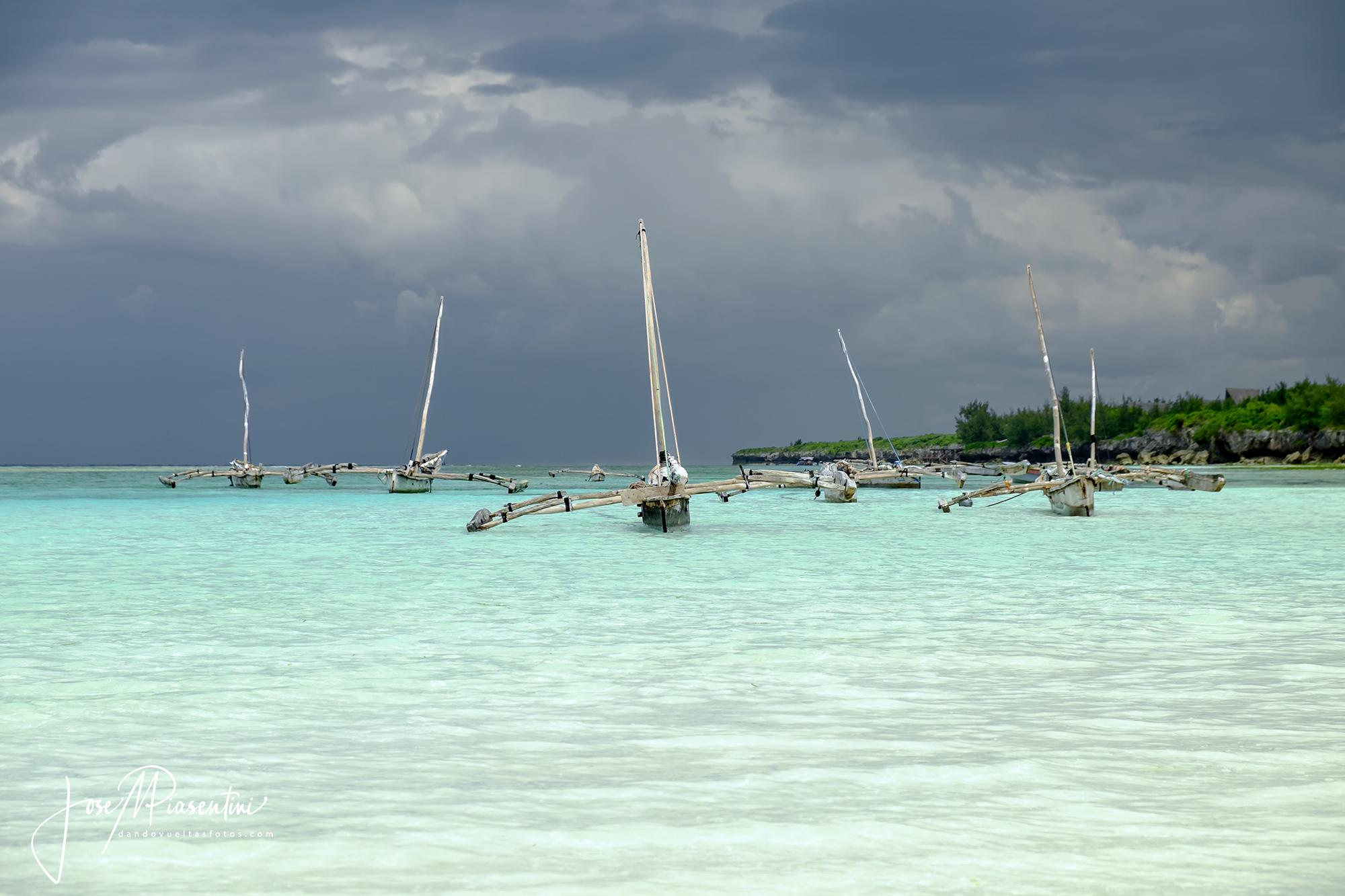 Dhow la barca tipica de Zanzibar