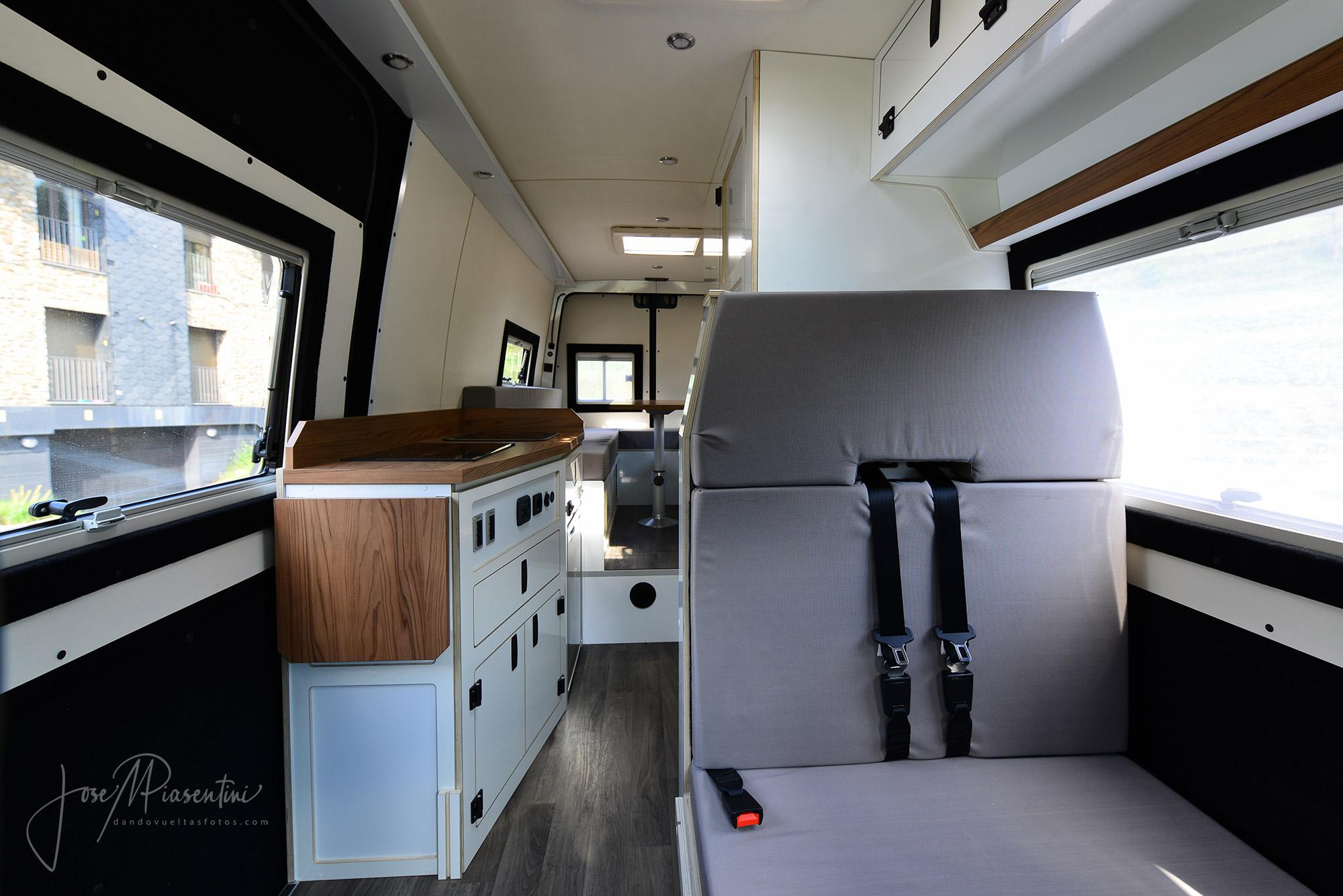 Mercedes Sprinter 4x4 camper