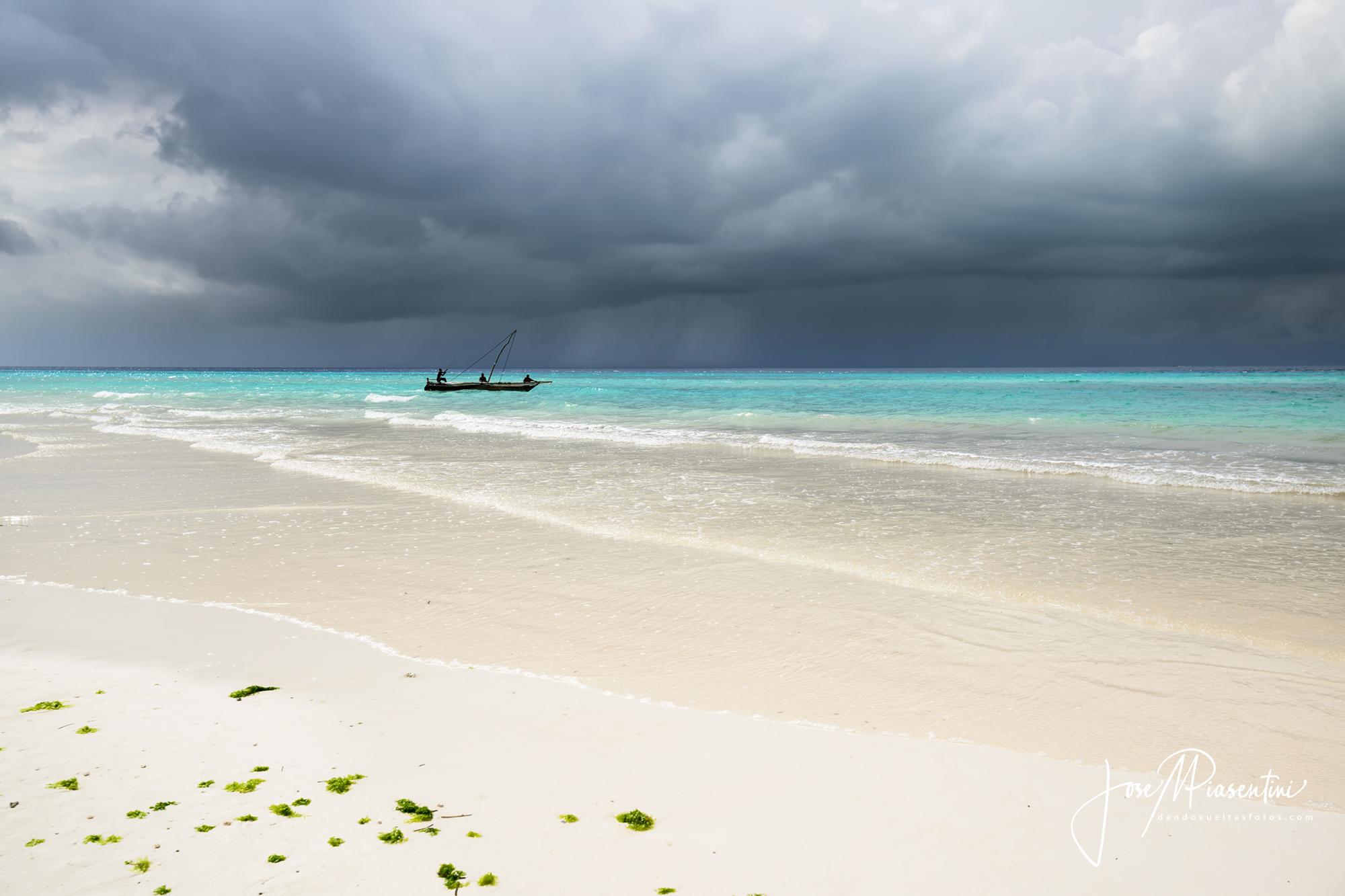 zanzibar the beach of muyuni