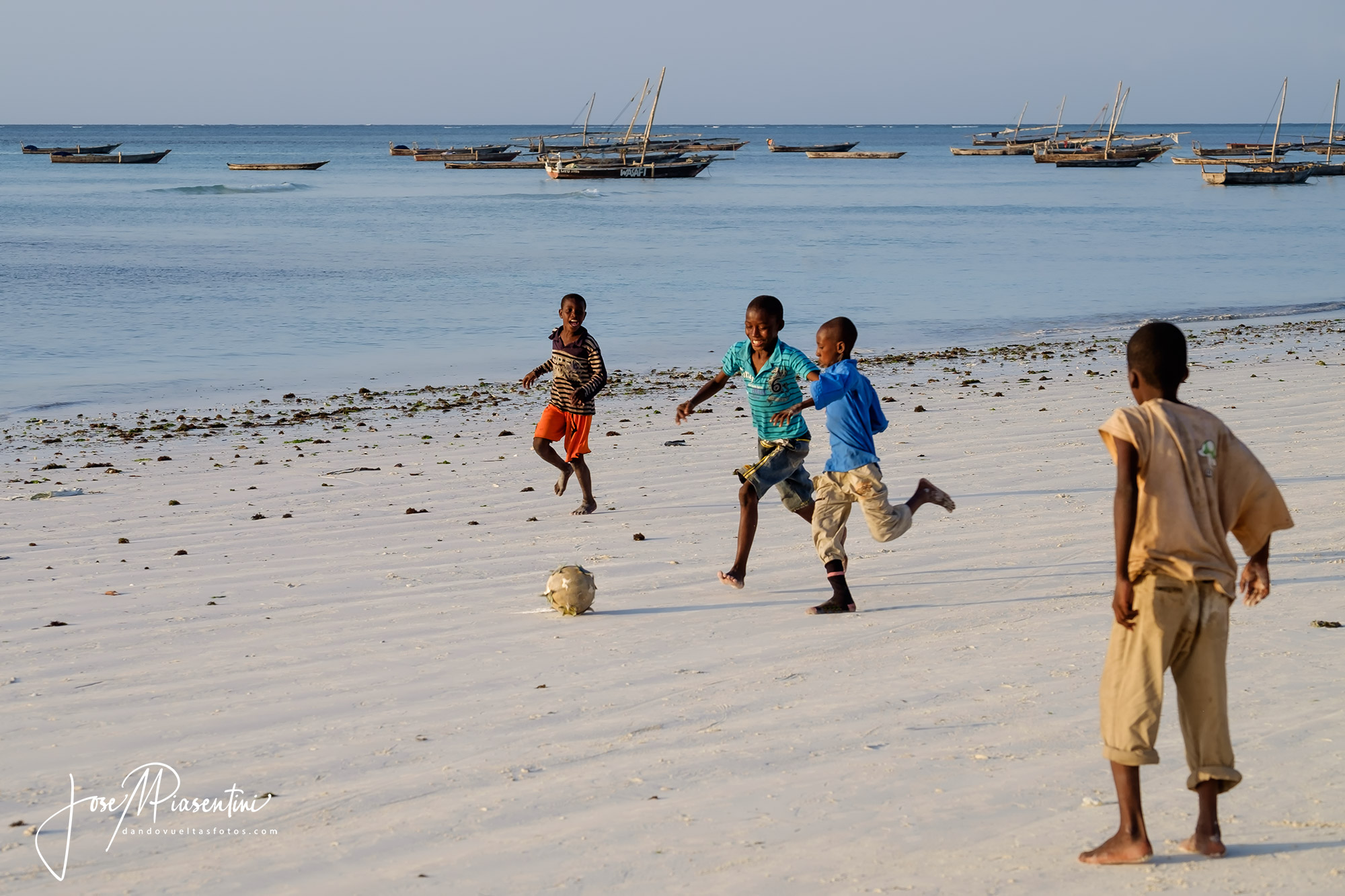 Futbol beach nungwi