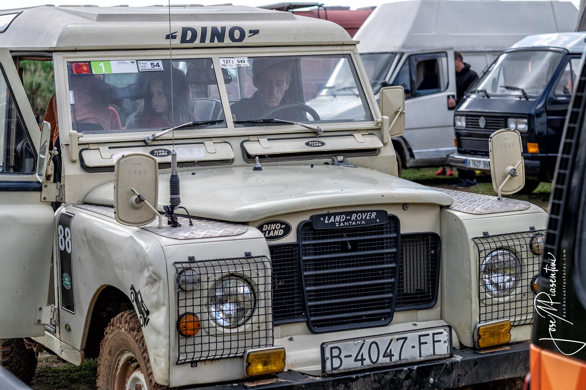 Defender-Land-Rover