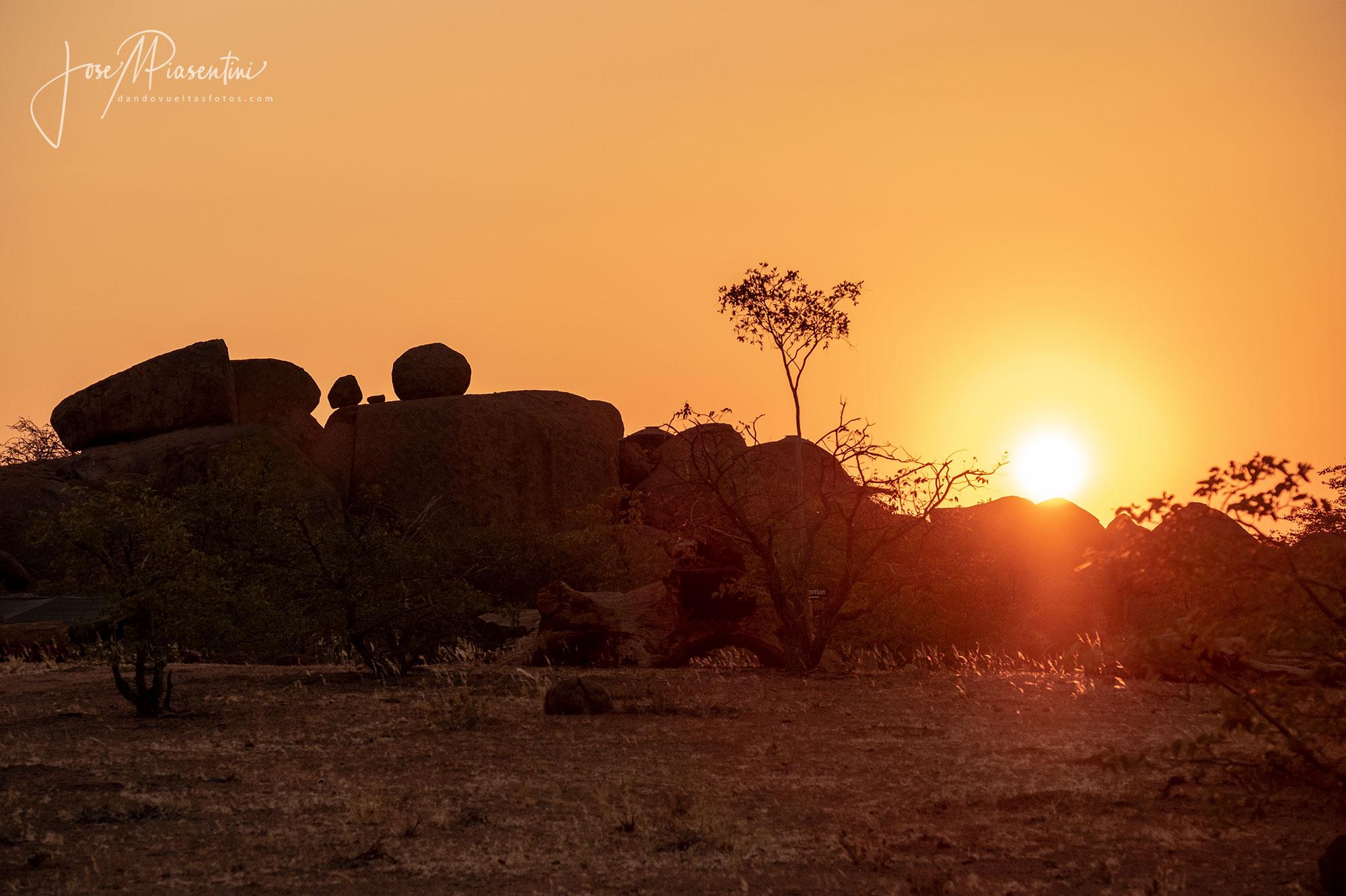 Mowani-Camp-Twyfelfontein-sunset