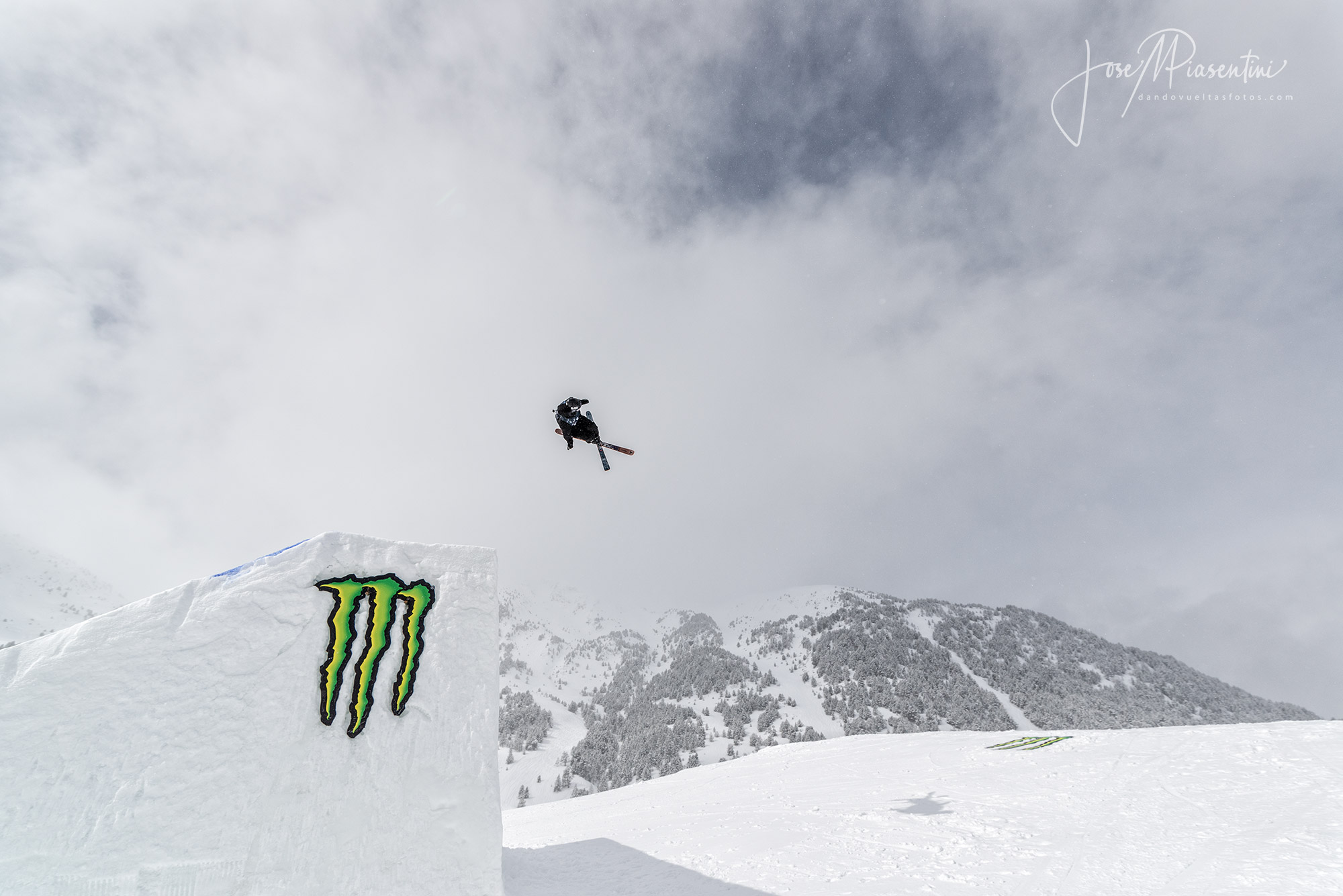 Monster freeski rider