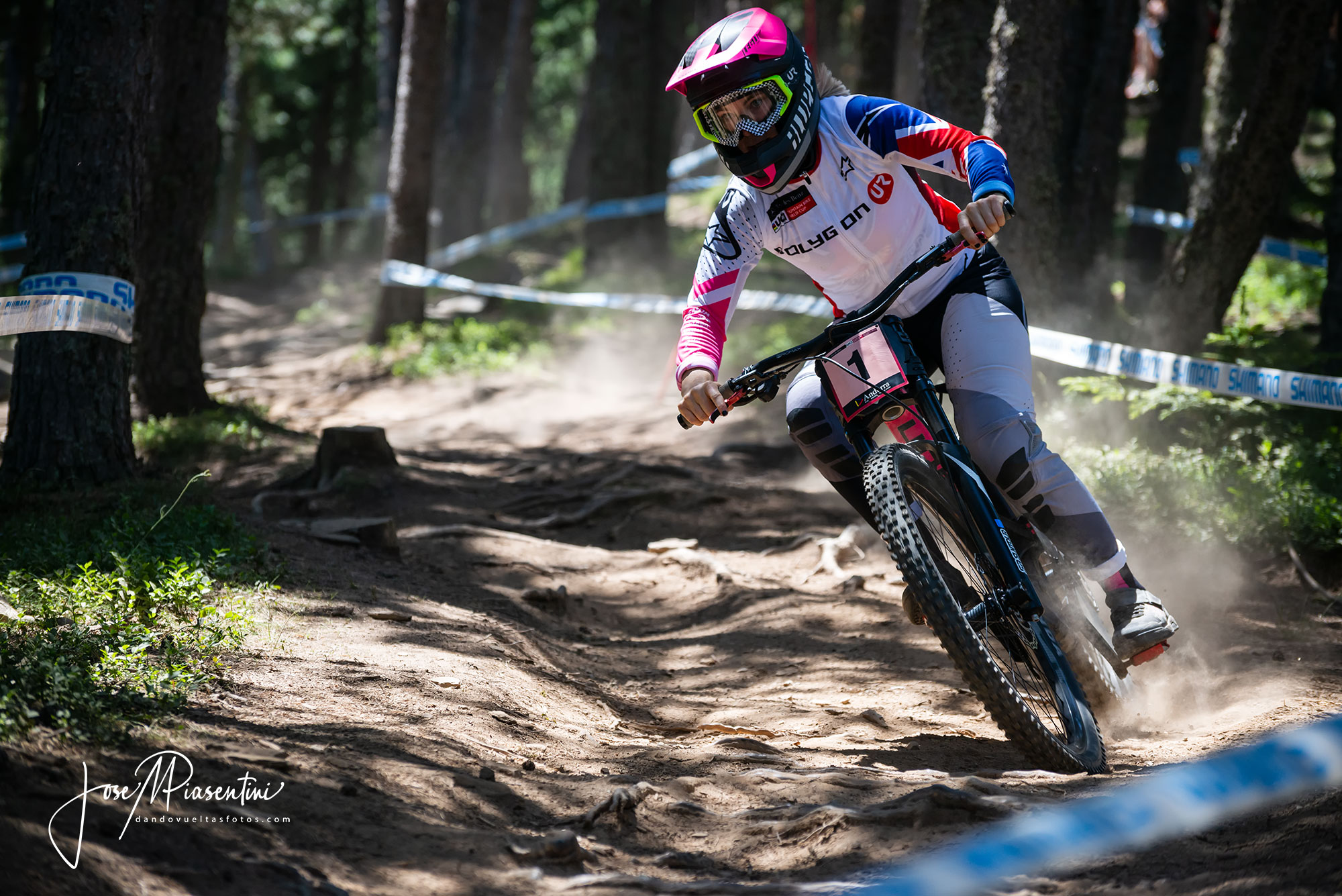 vallnord world cup winner Rachel Atherton