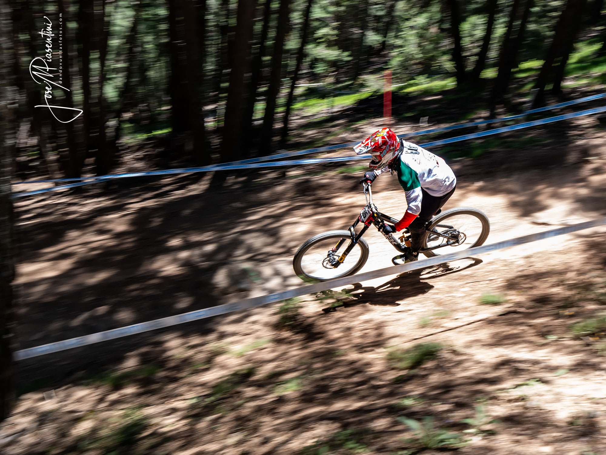 tracey Hannah MTB world cup Vallnord