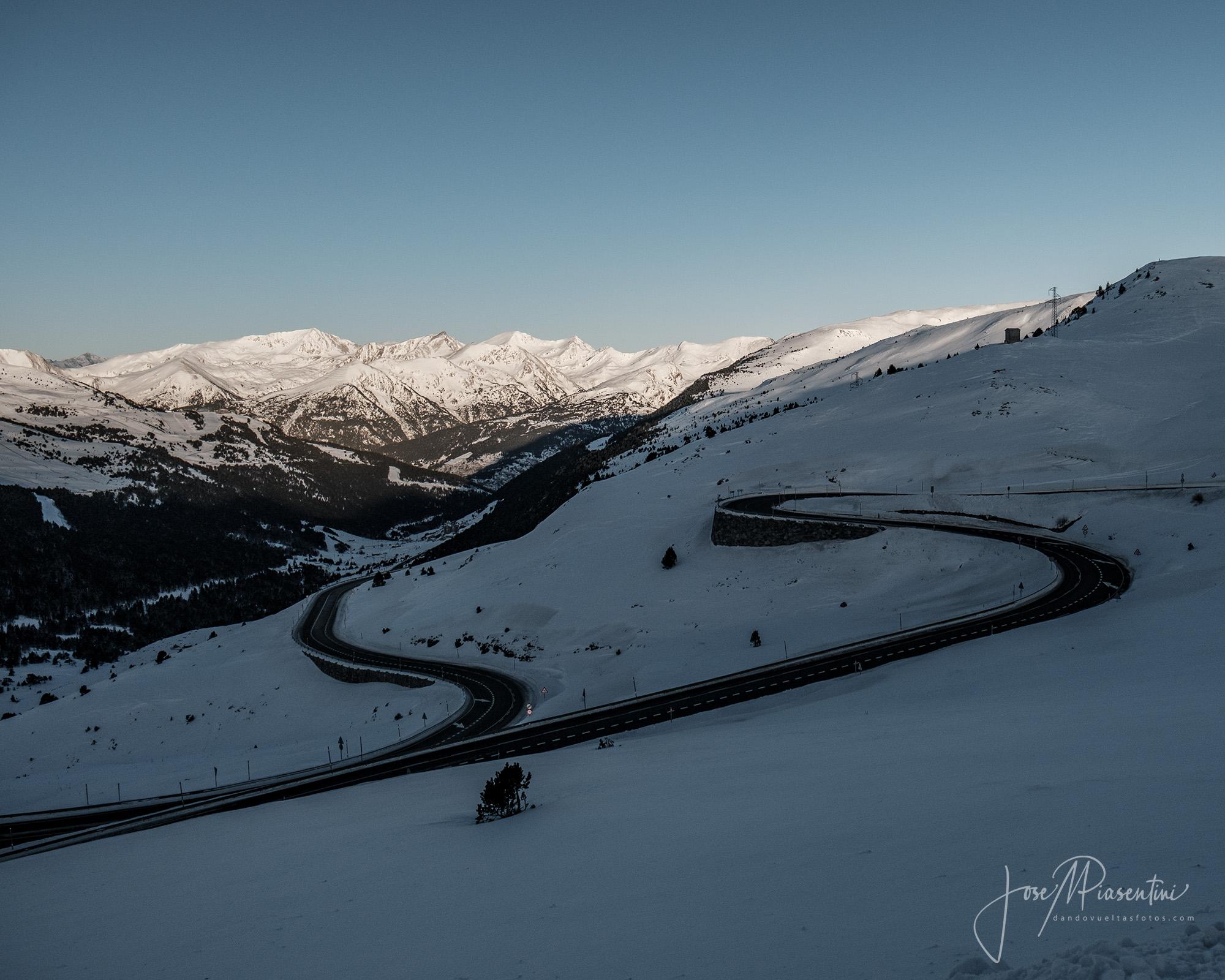 Port Envalira Andorra nevado