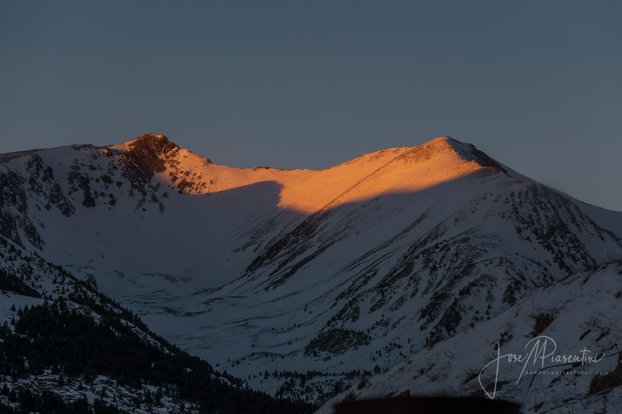 Picos de andorra atardeceres en las montañas