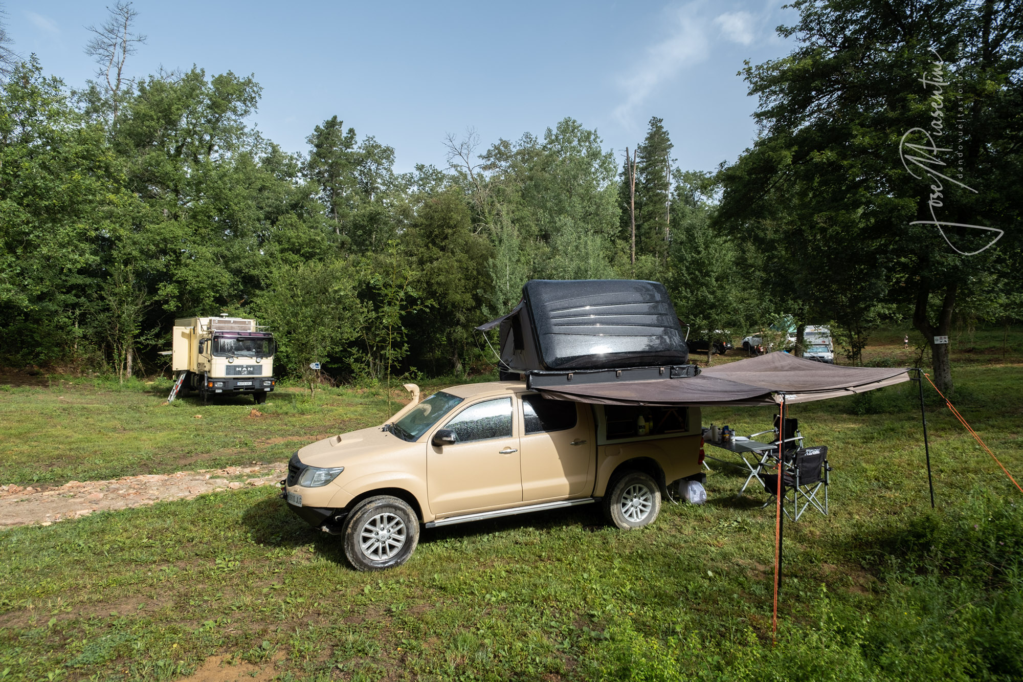 Meeting-Camper-overland-zone