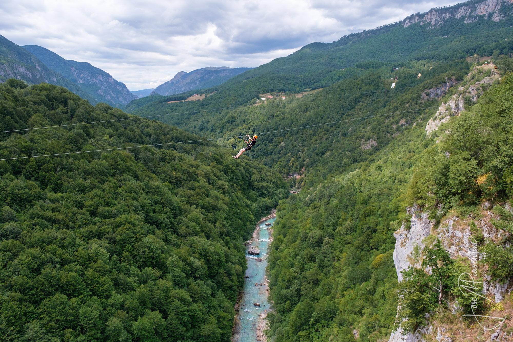 zip line Tara River