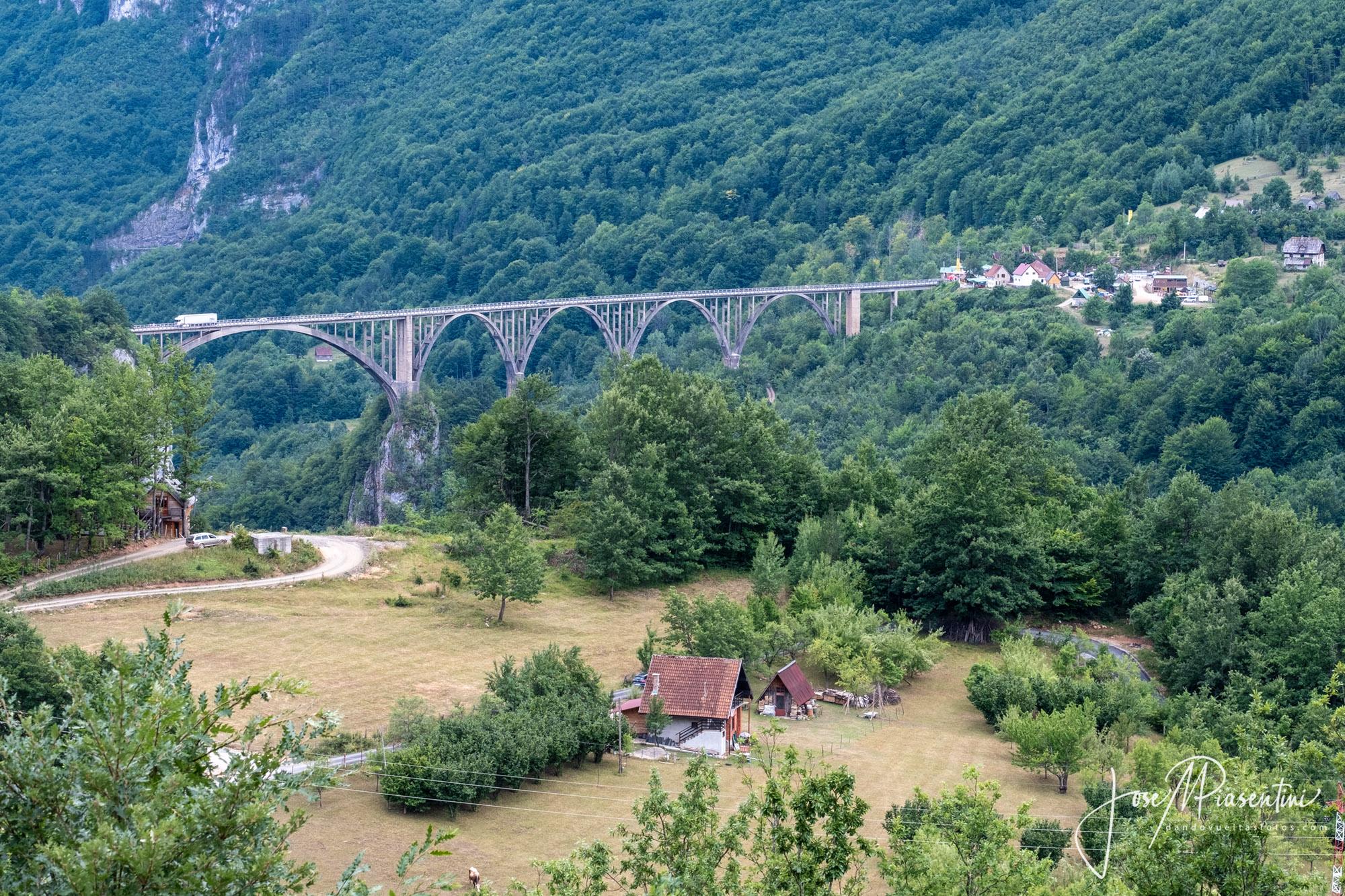 Puente rio Tara durmitor