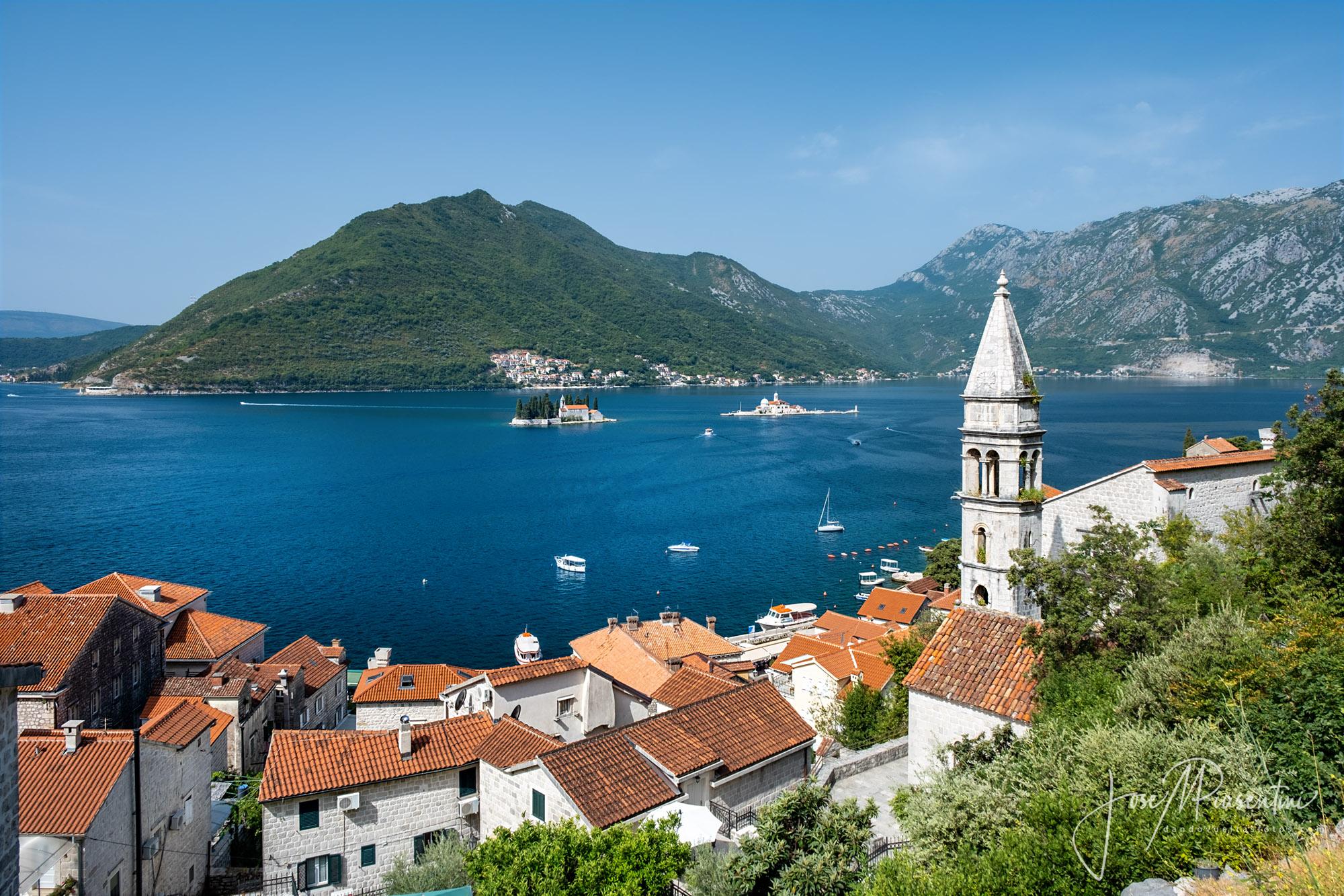 La bahía de Kotor en Montenegro vantrip